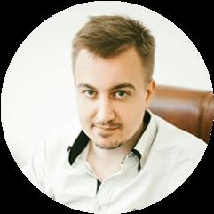 директор Андрей Гусаров
